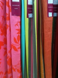 Rideaux multicolor aux tons chauds
