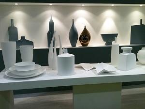 Objets décoratifs aux couleurs unies blanc ou gris